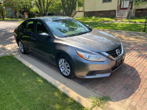 2016 Nissan Altima for sale at RIVER AUTO SALES CORP in Maywood IL