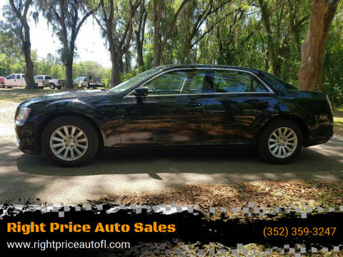 2014 Chrysler 300 for sale at Right Price Auto Sales-Gainesville in Gainesville FL