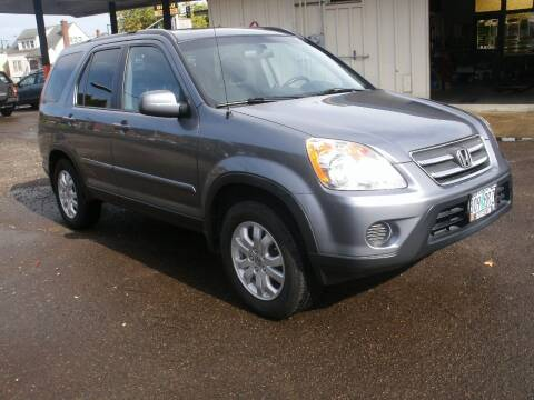 2005 Honda CR-V for sale at D & M Auto Sales in Corvallis OR