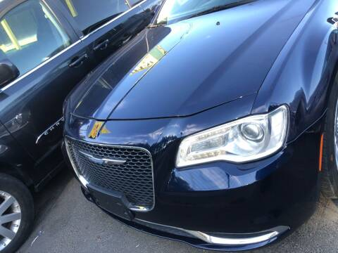 2015 Chrysler 300 for sale at ALHAMADANI AUTO SALES in Spanaway WA