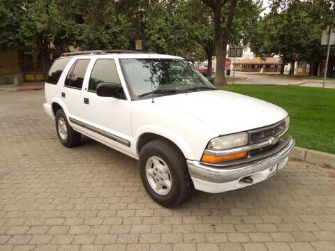 2000 Chevrolet Blazer for sale at Family Truck and Auto.com in Oakdale CA