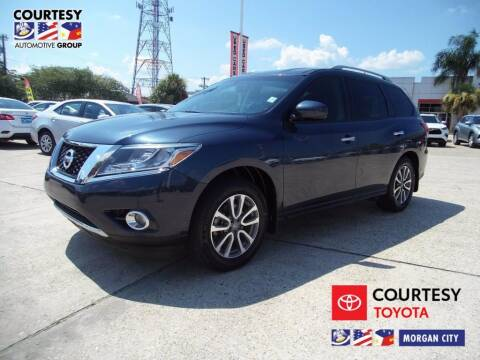 2016 Nissan Pathfinder for sale at Courtesy Toyota & Ford in Morgan City LA