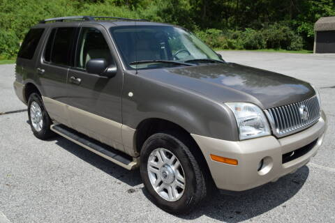 2004 Mercury Mountaineer for sale at CAR TRADE in Slatington PA