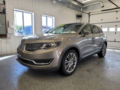 2016 Lincoln MKX for sale at Sand's Auto Sales in Cambridge MN