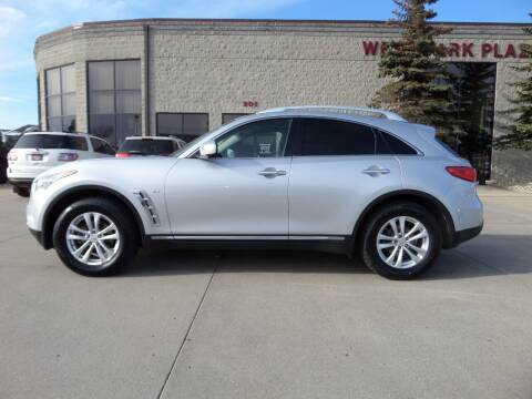 2015 Infiniti QX70 for sale at Elite Motors in Fargo ND