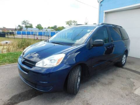 2004 Toyota Sienna for sale at Safeway Auto Sales in Indianapolis IN