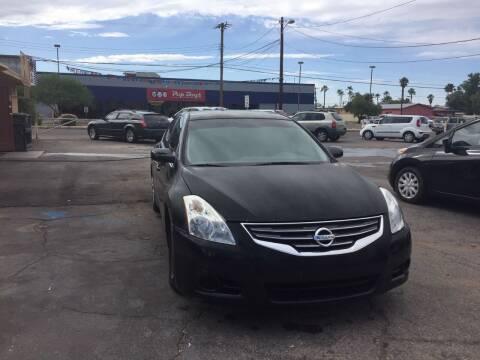 2010 Nissan Altima for sale at PARS AUTO SALES in Tucson AZ
