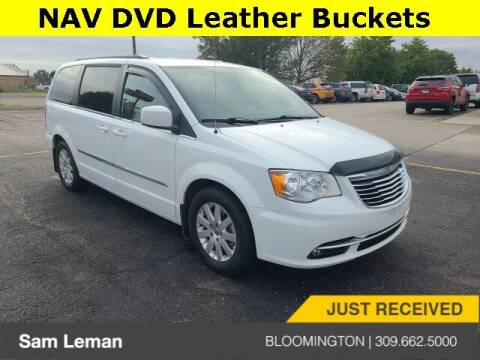 2016 Chrysler Town and Country for sale at Sam Leman Mazda in Bloomington IL