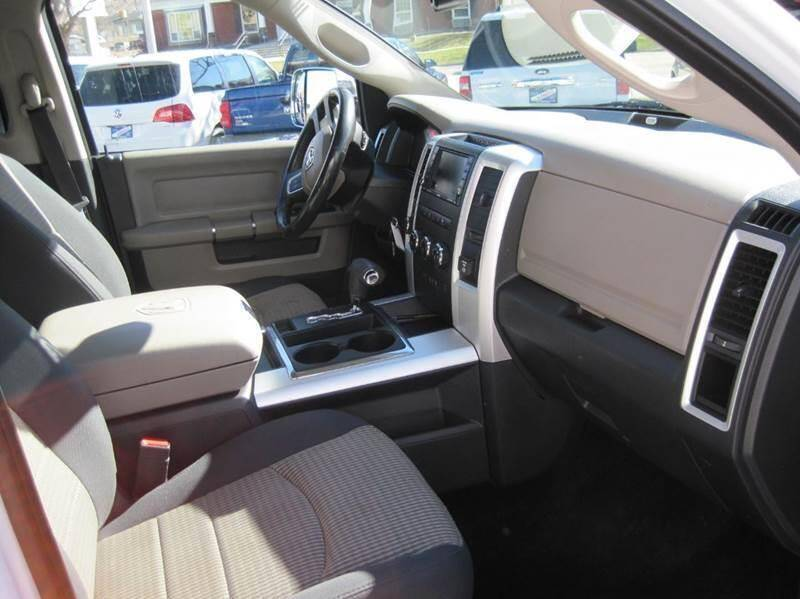 2011 RAM Ram Pickup 1500 4x4 Big Horn 4dr Crew Cab 5.5 ft. SB Pickup - Bountiful UT