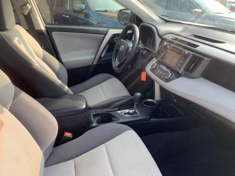 2015 Toyota RAV4 AWD XLE 4dr SUV - Portland ME