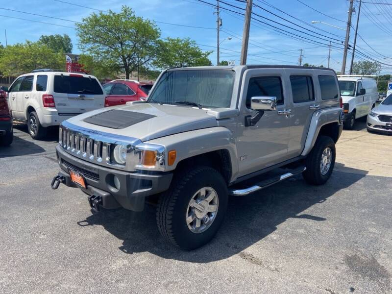2006 HUMMER H3 for sale at TKP Auto Sales in Eastlake OH
