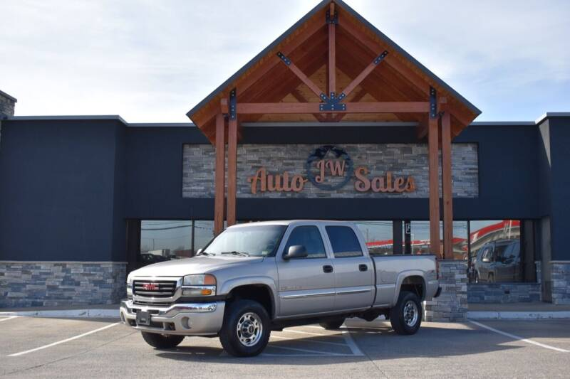 2005 GMC Sierra 2500HD for sale at JW Auto Sales LLC in Harrisonburg VA
