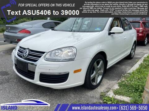 2009 Volkswagen Jetta for sale at Island Auto Sales in East Patchogue NY