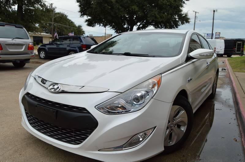 2013 Hyundai Sonata Hybrid for sale at E-Auto Groups in Dallas TX