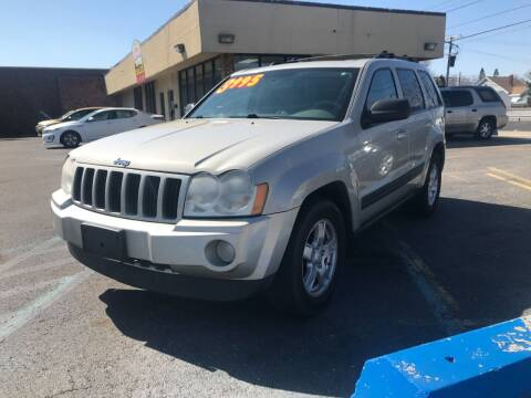 2006 Jeep Grand Cherokee for sale at GREAT DEAL AUTO SALES in Center Line MI