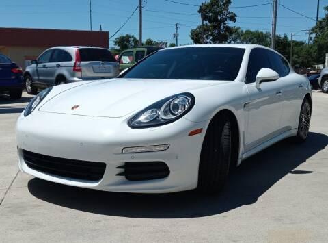 2015 Porsche Panamera for sale at EURO MOTORS AUTO DEALER INC in Champaign IL