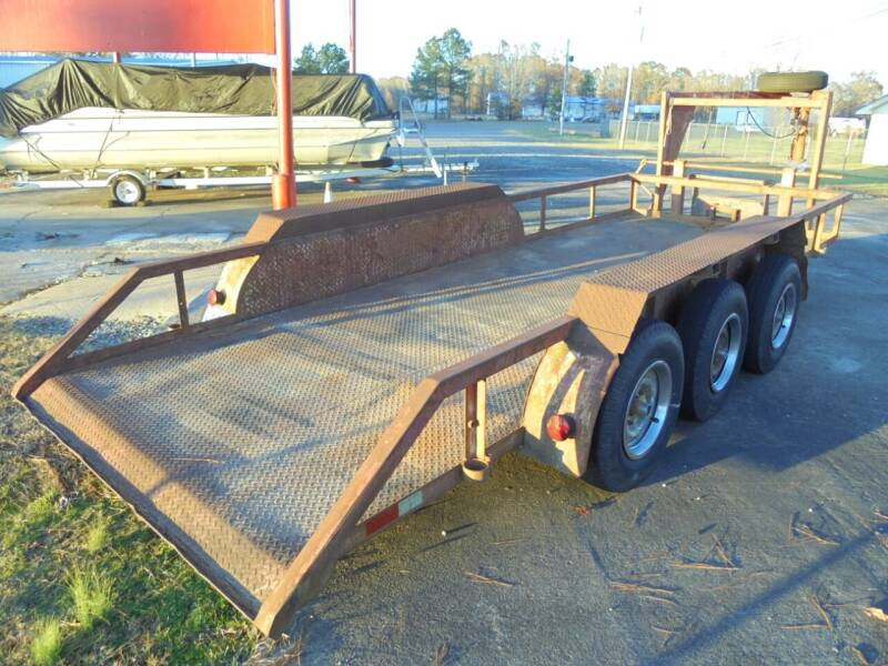 2002 20' GOOSENECK TRIPLE AXLE for sale at US PAWN AND LOAN in Austin AR