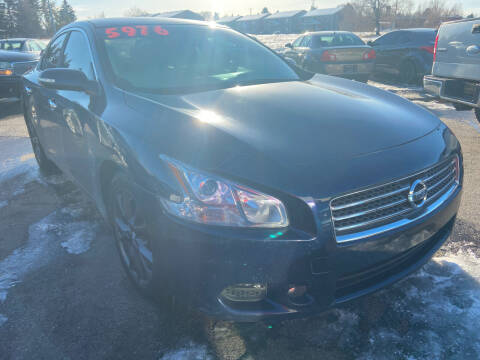 2010 Nissan Maxima for sale at BELOW BOOK AUTO SALES in Idaho Falls ID