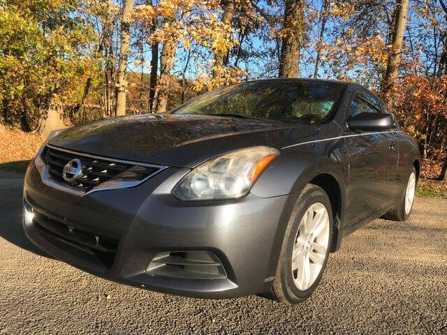 2010 Nissan Altima for sale at GOOD USED CARS INC in Ravenna OH