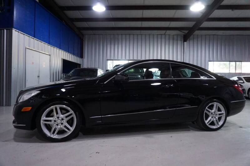 2013 Mercedes-Benz E-Class for sale at SOUTHWEST AUTO CENTER INC in Houston TX