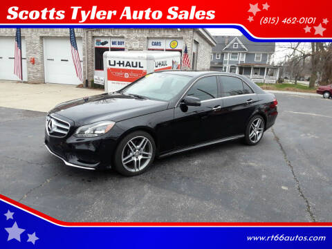 2015 Mercedes-Benz E-Class for sale at Scotts Tyler Auto Sales in Wilmington IL