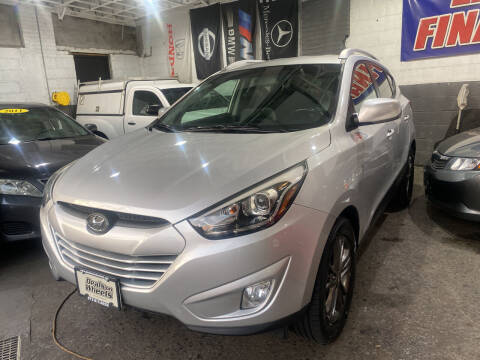 2014 Hyundai Tucson for sale at DEALS ON WHEELS in Newark NJ