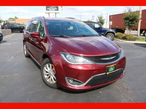 2018 Chrysler Pacifica for sale at AUTO POINT USED CARS in Rosedale MD