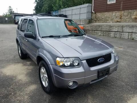 2007 Ford Escape for sale at Fortier's Auto Sales & Svc in Fall River MA