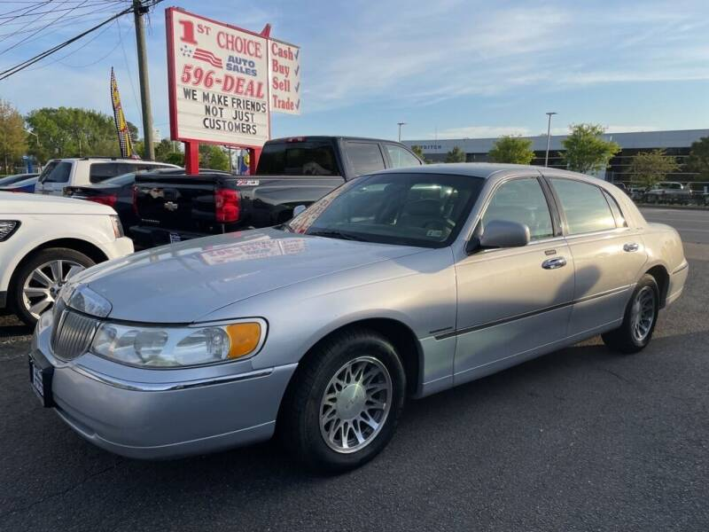2000 Lincoln Town Car for sale at 1st Choice Auto Sales in Newport News VA