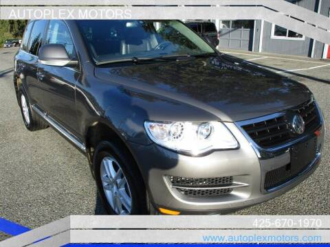 2010 Volkswagen Touareg for sale at Autoplex Motors in Lynnwood WA