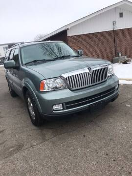 2006 Lincoln Navigator for sale at El Rancho Auto Sales in Marshall MN