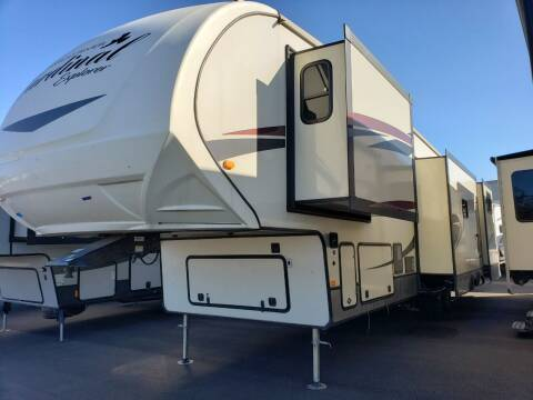 2018 Forest River Cardinal 383 for sale at Ultimate RV in White Settlement TX