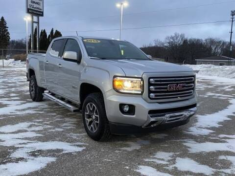 2015 GMC Canyon for sale at Betten Baker Preowned Center in Twin Lake MI