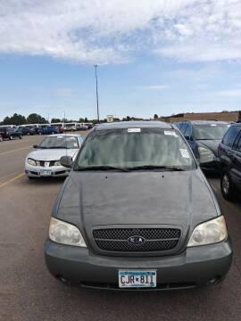 2005 Kia Sedona for sale at WB Auto Sales LLC in Barnum MN