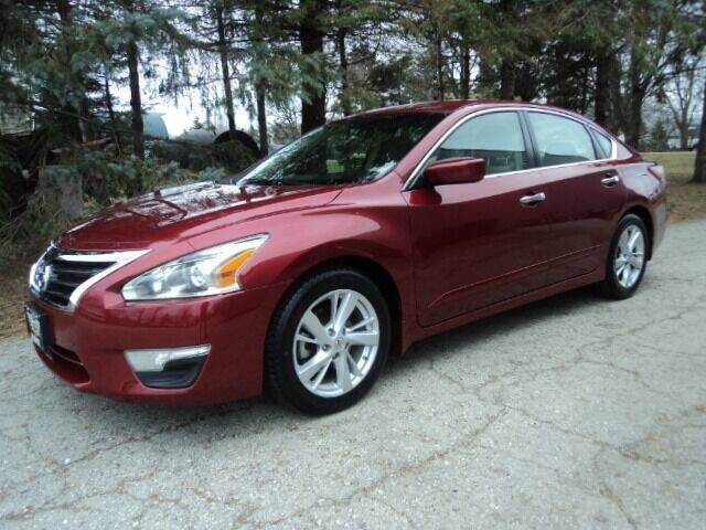 2013 Nissan Altima for sale at HUSHER CAR COMPANY in Caledonia WI