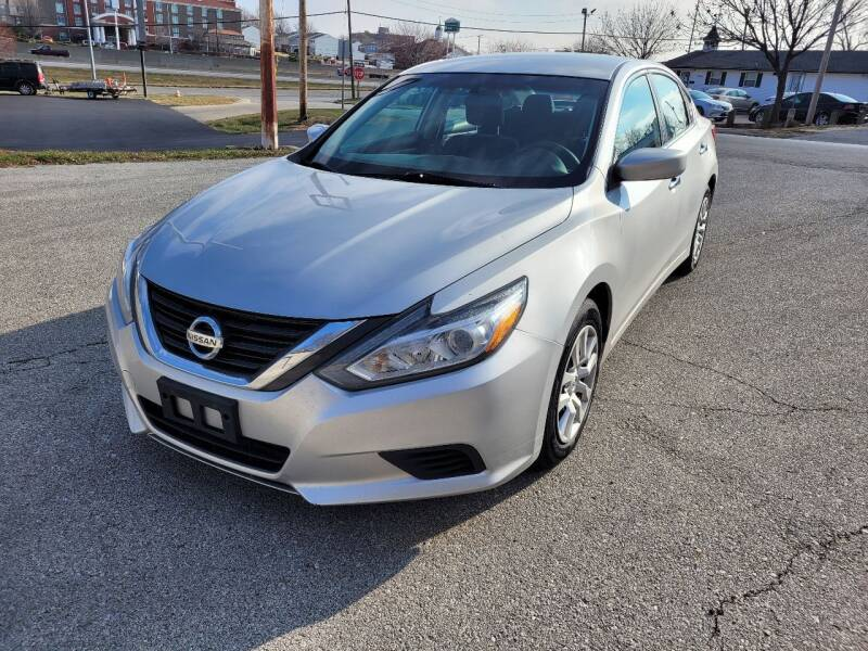 2016 Nissan Altima for sale at Auto Hub in Grandview MO