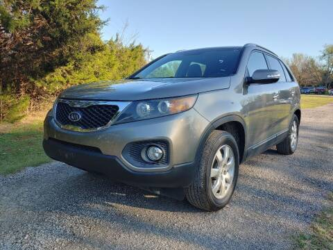 2012 Kia Sorento for sale at The Car Shed in Burleson TX