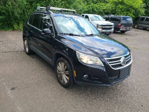 2011 Volkswagen Tiguan for sale at BETTER BUYS AUTO INC in East Windsor CT