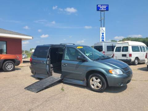 2006 Dodge Grand Caravan for sale at Summit Auto & Cycle in Zumbrota MN