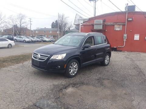 2009 Volkswagen Tiguan for sale at Flag Motors in Columbus OH