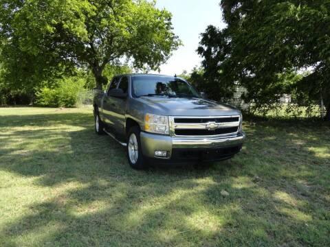 2007 Chevrolet Silverado 1500 for sale at Vamos-Motorplex in Lewisville TX