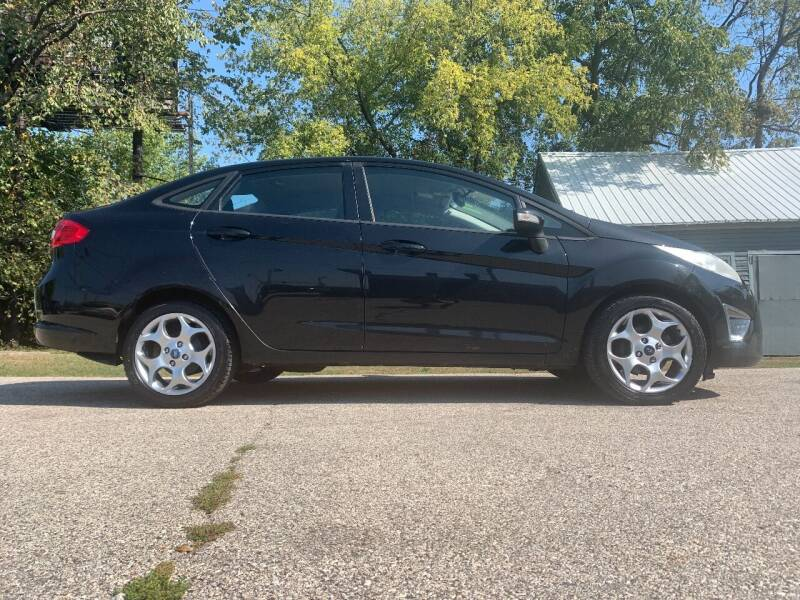 2011 Ford Fiesta for sale at SMART DOLLAR AUTO in Milwaukee WI