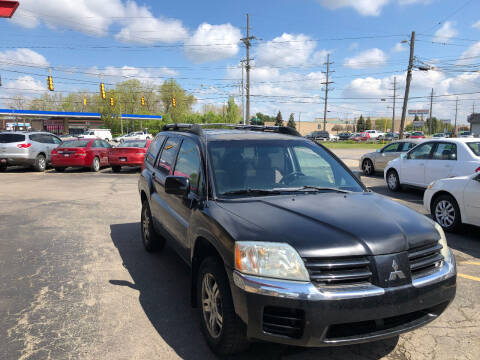 2005 Mitsubishi Endeavor for sale at Drive Max Auto Sales in Warren MI