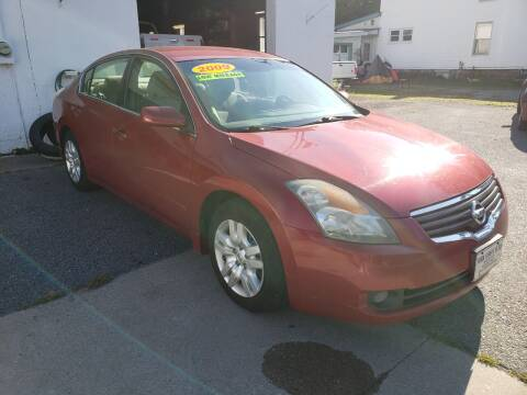 2009 Nissan Altima for sale at York Street Auto in Poultney VT