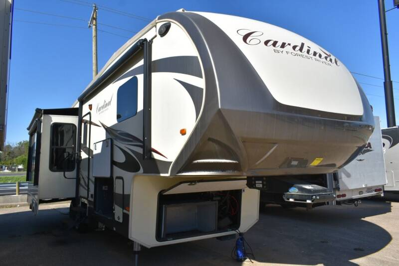 2016 Forest River Cardinal 3250 for sale at Buy Here Pay Here RV in Burleson TX
