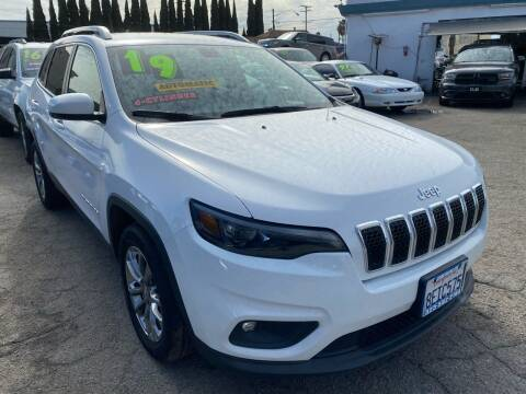 2019 Jeep Cherokee for sale at CAR GENERATION CENTER, INC. in Los Angeles CA