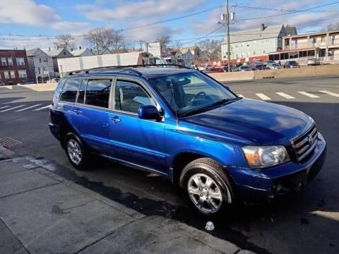 2006 Toyota Highlander for sale at Cali Auto Sales Inc. in Elizabeth NJ
