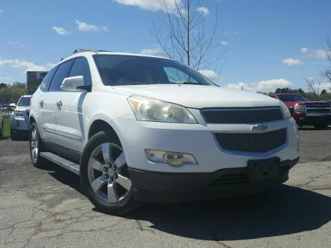 2009 Chevrolet Traverse for sale at GLOVECARS.COM LLC in Johnstown NY