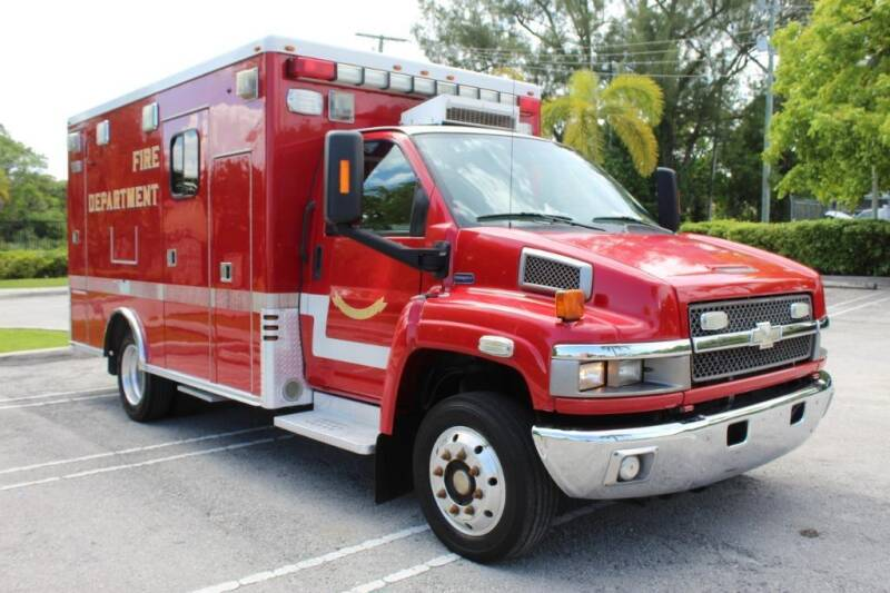 2009 Chevrolet C4500 for sale at Truck and Van Outlet in Miami FL
