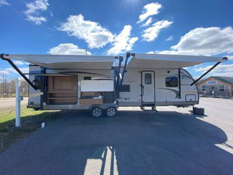 2014 View Finder by Cruiser RV 32RLSS for sale at MCCROSKEY AUTO & RV in Bluff City TN